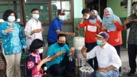 Warga Ubah Sampah Menajadi Eco Enzym