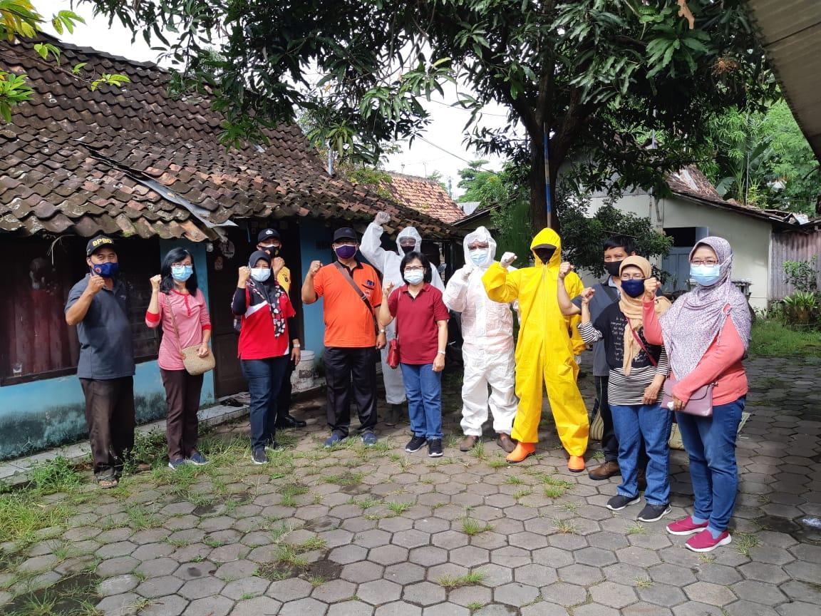 Penyemprotan Disinfektan Kampung Serangan (7/03/2021)
